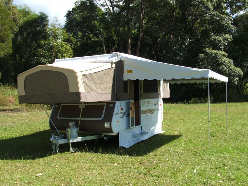 Roll-out Awnings & Bag Annexes « Coffs Canvas